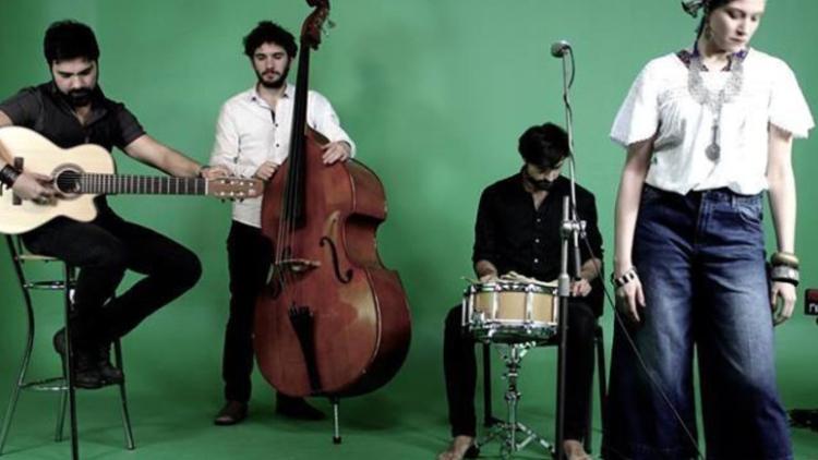 Evropský den jazyků uvádí: Camoes House Band