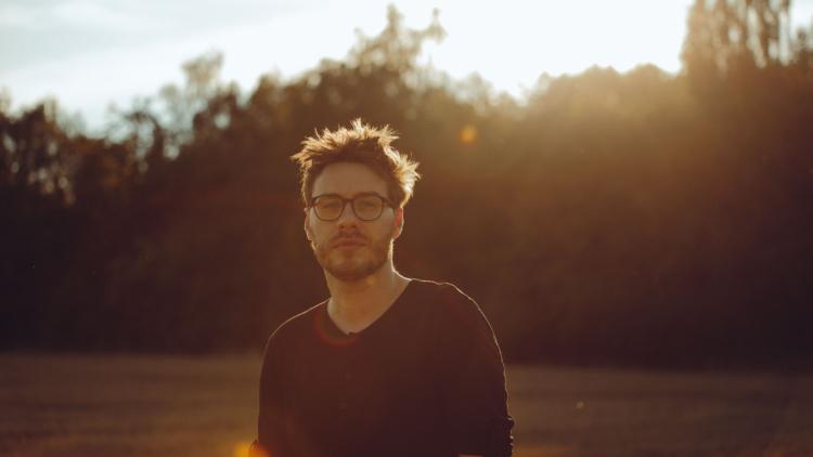 Clemens Christian Poetzsch – klavír a elektronika